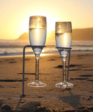 champagneglasholder1